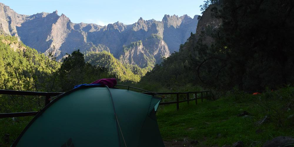 Zelt auf dem Zelt / Campingplatz in der Caldera de Taburiente