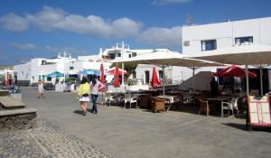 Restaurants am Hafen von La Graciosa